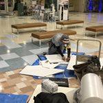 天井から油分が落ちてきた商業施設の天井ジプトーン貼替工事を行いました。