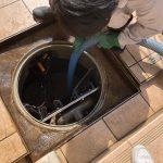 満水センサーを絶縁していて汚水槽内の汚水があふれた?汚水槽清掃をしながら現地調査
