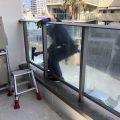 4月は花粉も付着!海沿いは潮風で窓ガラスには塩と砂がついてお店の見栄えが悪くなる