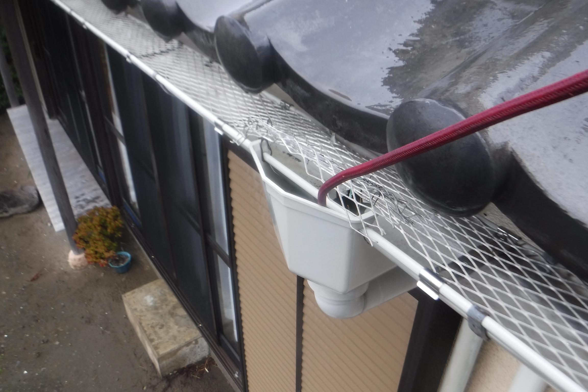 藤沢市_外壁高圧洗浄_雨樋詰まり3