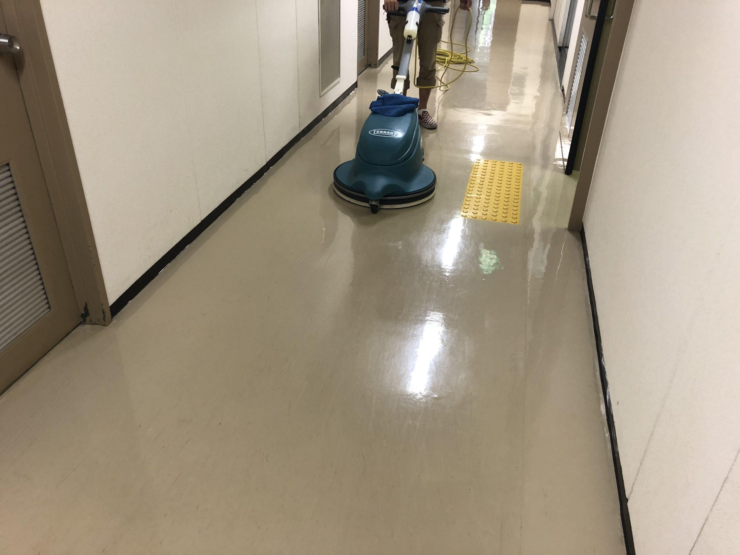 オフィス清掃や事務所清掃、店舗清掃の価格見直し